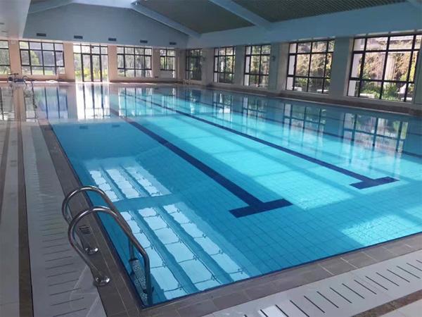 室内恒温游泳池设备